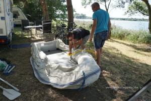 Napełnianie pontonu