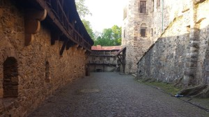 W obrębie murów zamku Czocha